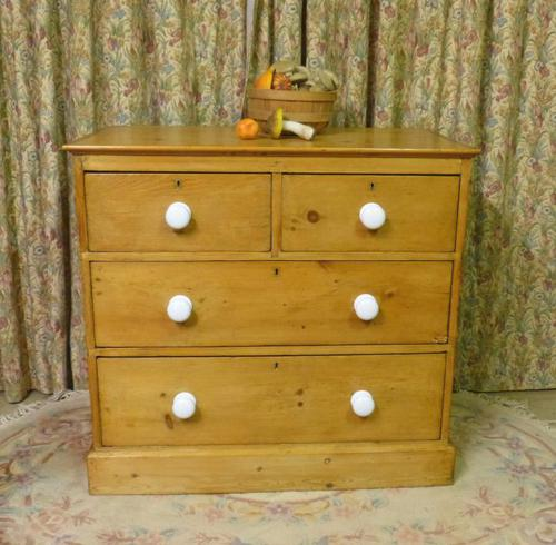 Victorian Stripped Pine Chest with 4 Drawers & White Porcelain Knobs (1 of 9)
