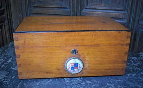 Antique Oak Mailbox (1 of 8)