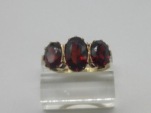 Garnet & Gold Ring (1 of 6)