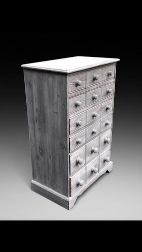 Sand Blasted Chest of Drawers (1 of 3)