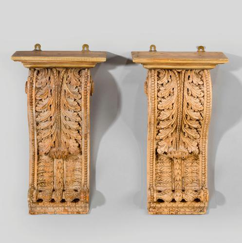 Pair of Early 19th Century Brackets (1 of 6)