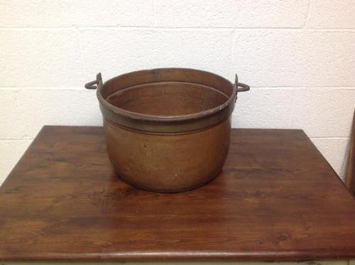 Very Fine 19th Century French Perigordain Copper Cauldron with Cast Iron Handle VGC Plant Holder, Tress Planter Urn (1 of 7)