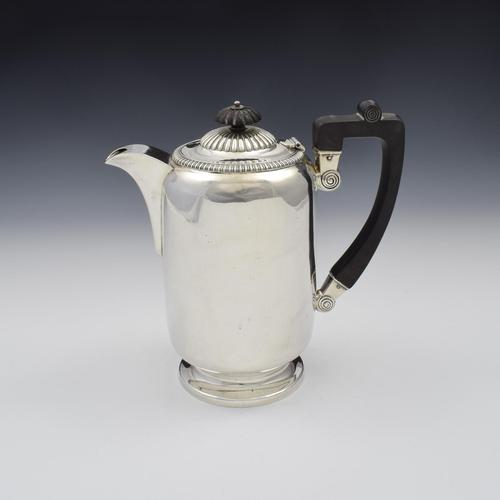 George V Large Silver Hot Water Jug / Coffee Pot 1913 (1 of 11)
