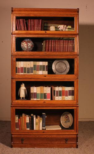 Globe Wernicke Bookcase Called Stacking Bookcase in Oak - 5 Items (1 of 9)
