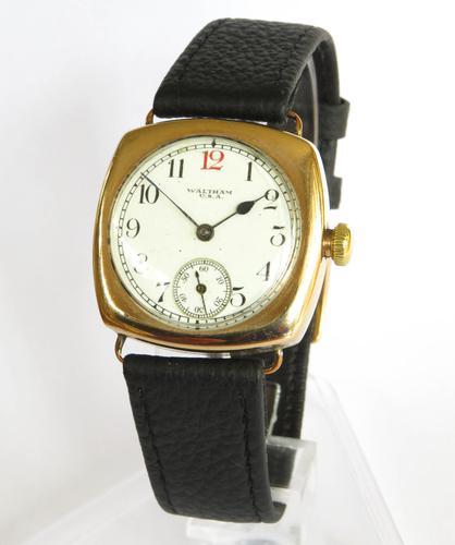Gents 1920s 9ct Gold Waltham Wrist Watch (1 of 5)