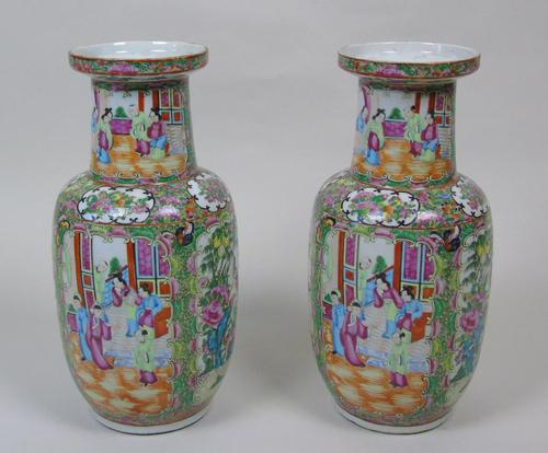 Good Large Pair of Chinese Famille Rose Rouleau Vases 19th Century (1 of 11)