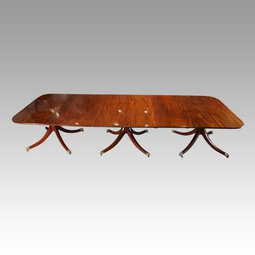 George V Mahogany 3 Pillar Dining Table (1 of 14)