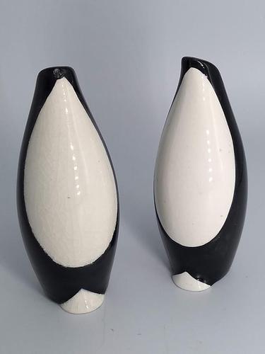 Art Deco Penguin Salt and Pepper Shakers (1 of 5)