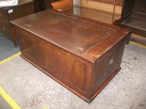 Mahogany Blanket Box Seat (1 of 3)