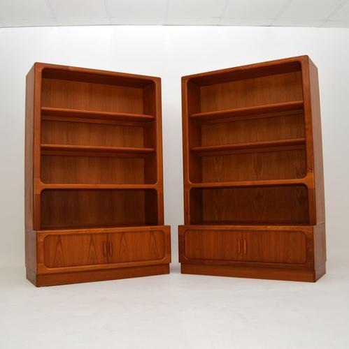 Pair of Danish Vintage Teak Bookcases by Dyrlund (1 of 12)