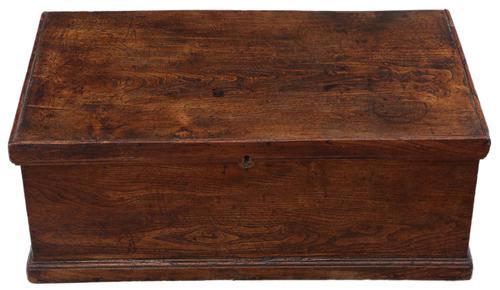 Georgian 18th Century Small Elm Coffer or Box (1 of 7)
