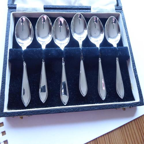 Silver Plate Set of 6 x Teaspoons (1 of 9)