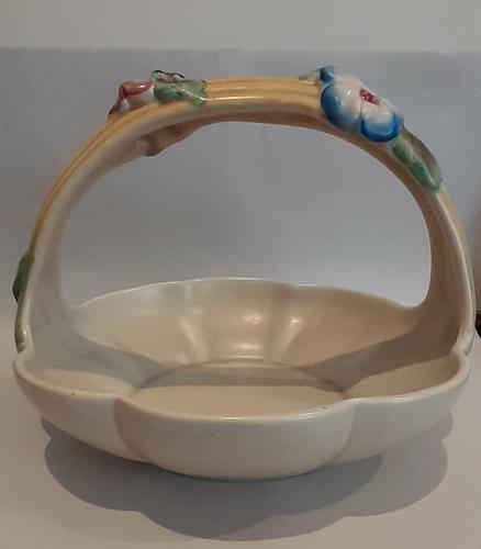 """Clarice Cliff """"My Garden"""" Basket (1 of 6)"""