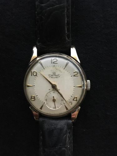 Gold gentleman's wrist watch (1 of 2)