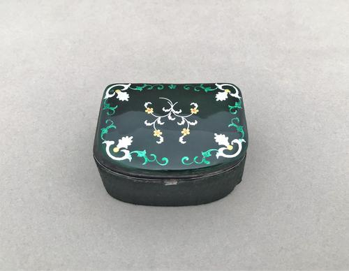 Gorgeous Early Victorian Studs / Trinket Box (1 of 4)
