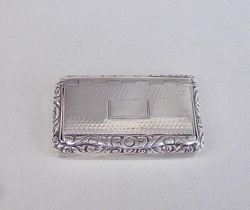 Georgian silver snuff box by Thomas & William Simpson, Birmingham 1824 (1 of 10)