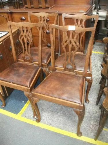 4 Chippendale Style Chairs (1 of 3)