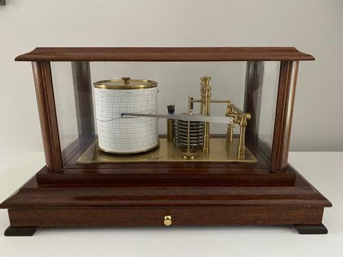 Display Barograph by Russell, Norwich (1 of 3)