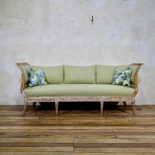Elegant 18th Century Gustavian Dry Scraped Sofa Lindome c.1790 (1 of 14)
