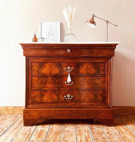 Flamed Mahogany Chest of Drawers / Sideboard / Commode with Marble (1 of 8)