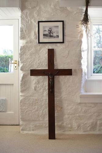 Large Oak Crucifix with Spelter Corpus Christi (1 of 10)