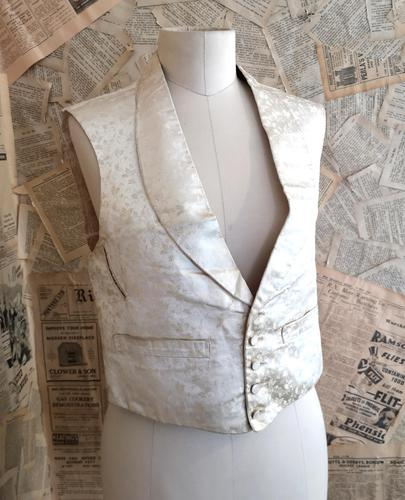 Antique Victorian Ivory Colour Silk Waistcoat (1 of 12)