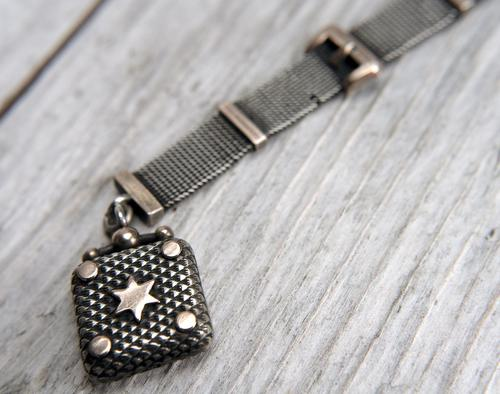 Victorian Silver Mesh Fob Chain with Rose Gilt Details & Star Fob, Antique c.1890 (1 of 11)