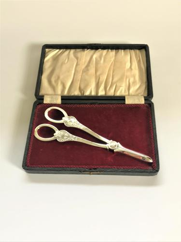 Boxed Pair of Mappin & Webb Silver Grape Shears (1 of 7)