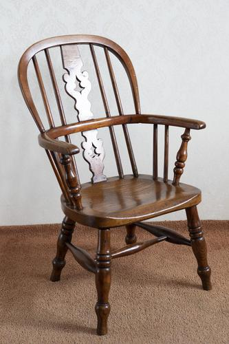 Childs Hoop Back Windsor Chair (1 of 6)