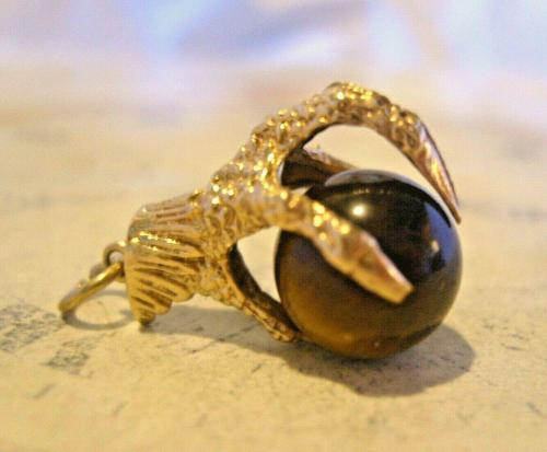 Vintage 9ct Gold Pocket Watch Chain Fob 1977 Large Talon or Claw with Tigers Eye Ball (1 of 11)