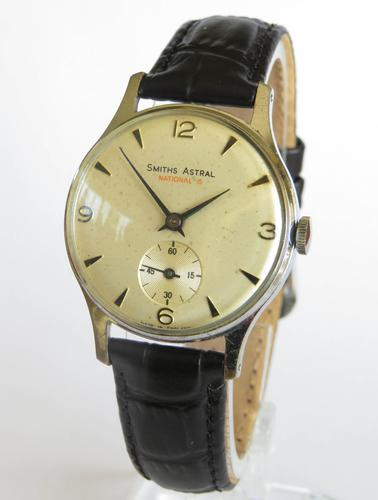Gents 1960s Smiths Astral National 15 Wrist Watch (1 of 5)