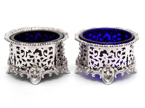 Pair of Elkington & Co Silver Plated Salts with Bristol Blue Glass Liners (1 of 5)