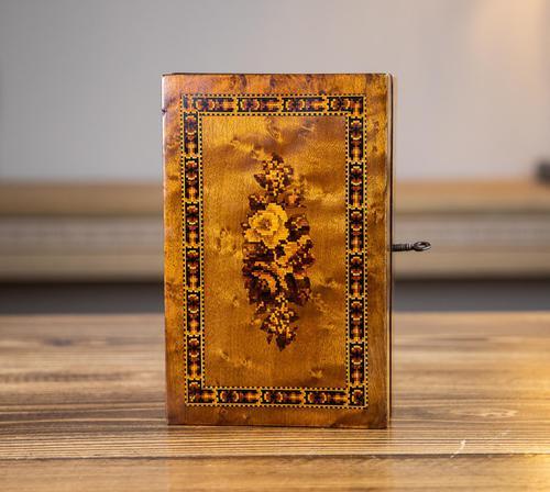 Maple Tunbridge Ware Table Box 1890 (1 of 7)