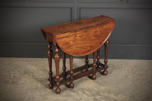 Rare Figured Walnut Gateleg Pembroke Table (1 of 12)