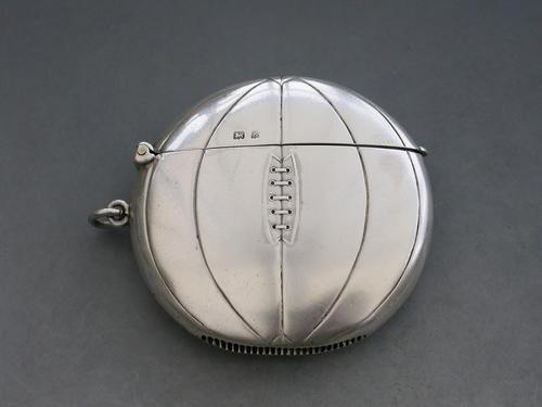 Edwardian Novelty Silver Association Football Vesta Case, by Henry Williamson Ltd, Birmingham, 1906 (1 of 12)