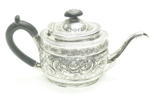 Antique Solid Silver Tea Pot Early Victorian Silver c.1849 (1 of 7)