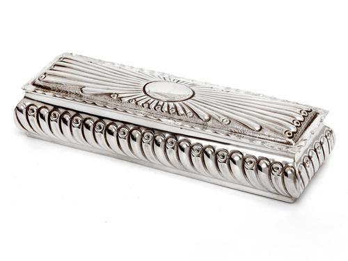 Victorian Silver Trinket Box with Gadroon Style Chased Body and Internal Gilding (1 of 8)