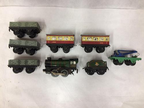 Hornby O Gauge Clockwork Railway (1 of 7)