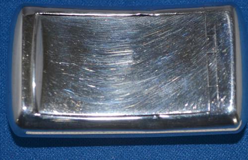 GIII curved silver rectangular snuff-box (1 of 7)