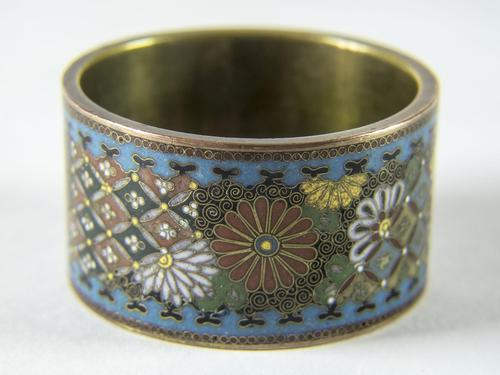 Antique Japanese Cloisonne Scroll Ring (1 of 4)