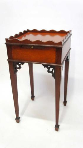 Small Edwardian Regency Style Bedside Table / Plant Stand (1 of 15)