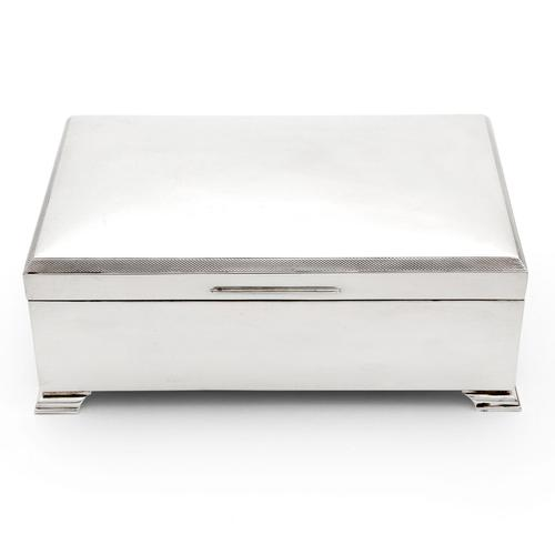 Stylish Large Silver Cigarett or Cigar Table Box (1 of 7)