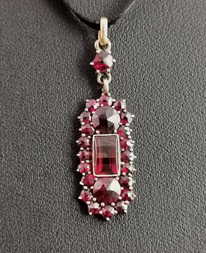 Antique Art Nouveau Bohemian Garnet Pendant (1 of 12)