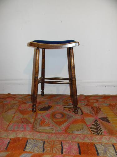 Arts and crafts stool (1 of 5)