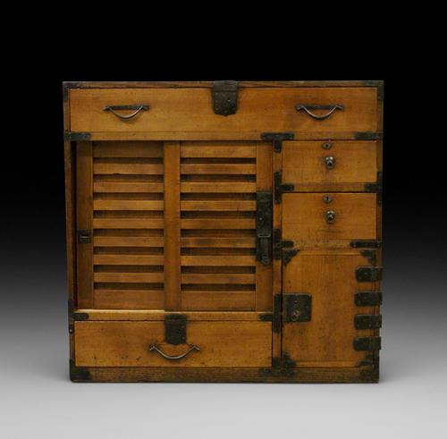Japanese Tansu Chest (1 of 5)