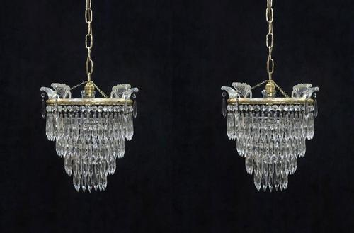 Pair of Italian Art Deco Four Tier Crystal Glass Chandeliers (1 of 7)