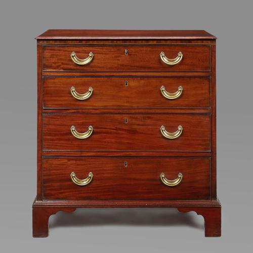 Hepplewhite Period Mahogany Chest of Drawers (1 of 4)