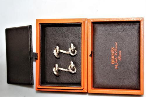 Superb Pair of Hermes of Paris Silver Hallmarked Cufflinks in their Original Box (1 of 7)