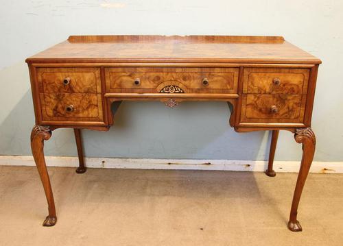 Quality Burr Walnut Side Table Writing Desk (1 of 14)