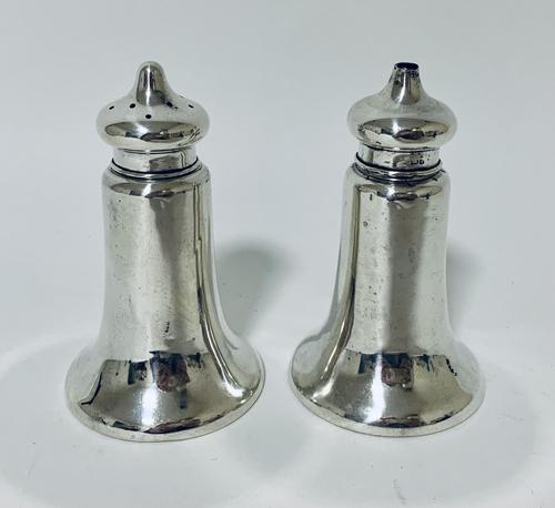 Pair of Antique Chester Silver Salt & Pepper Shakers (1 of 12)